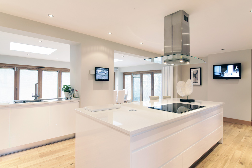 Open Plan Kitchen Diner With Blue Island And Cabinetry: High Gloss Open Plan Kitchen Diner By Concept Interiors