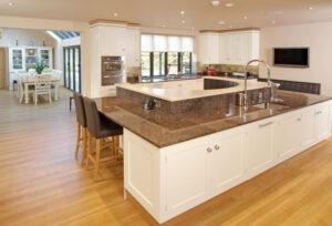 Hand_painted_bespoke_kitchen_Sheffield_5