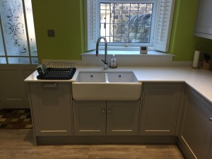 Painted bespoke Shaker kitchen in Sheffield.