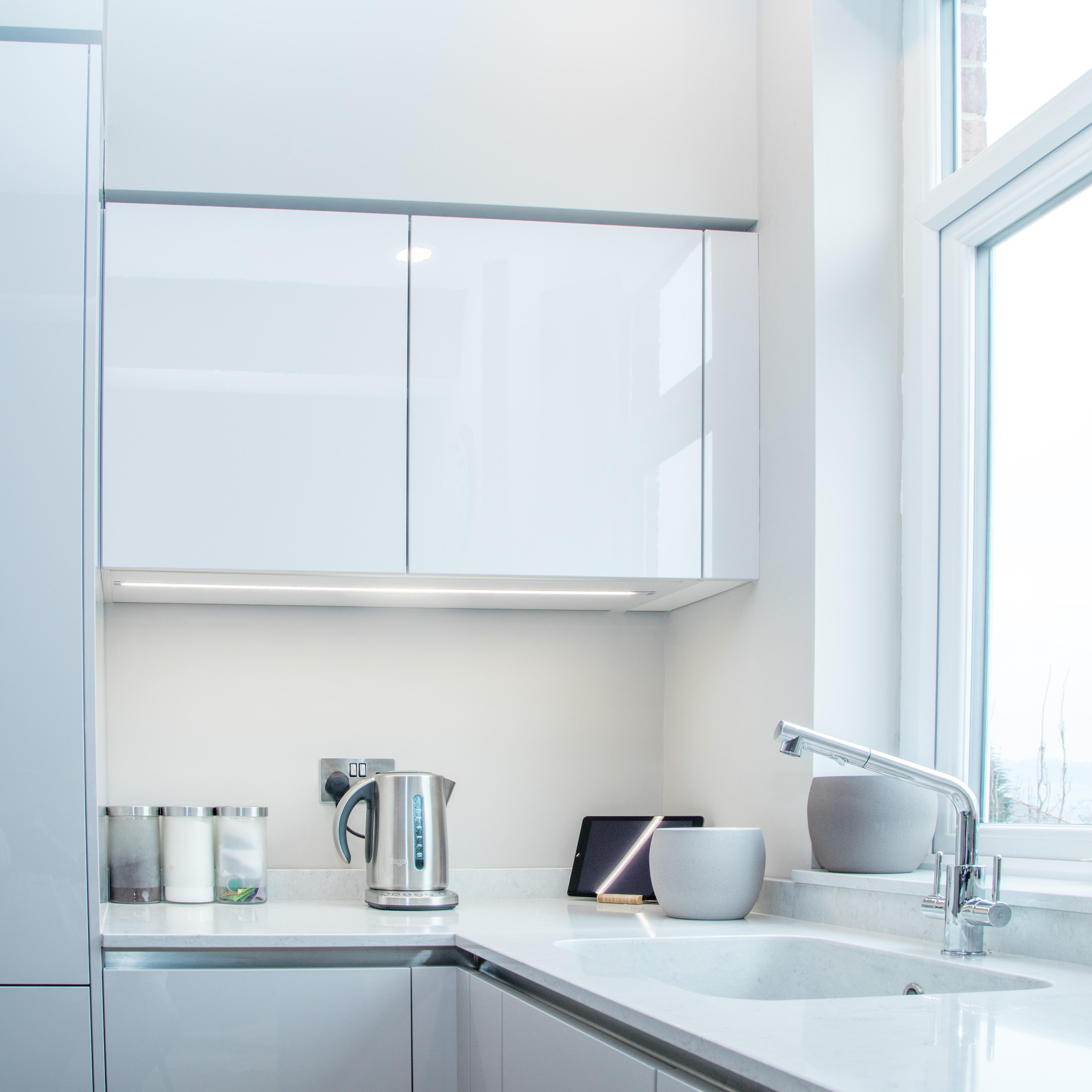 Modern, Handleless Kitchen Design In Sheffield